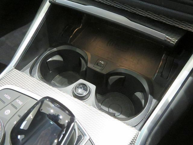 320d xDrive Mスポーツ コンフォートPKG LEDヘッドライト 18AW PDC オートトランク コンフォートアクセス シートヒーター 純正ナビ iDriveナビ トップ リアビューカメラ 純正ETC Aクルコン 認定中古車(16枚目)
