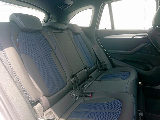 xDrive 18d Mスポーツ LEDライト 18AW PDC オートトランク スマートキー 純正ナビ Bカメラ レーンディパーチャーウォーニング 認定中古車(11枚目)