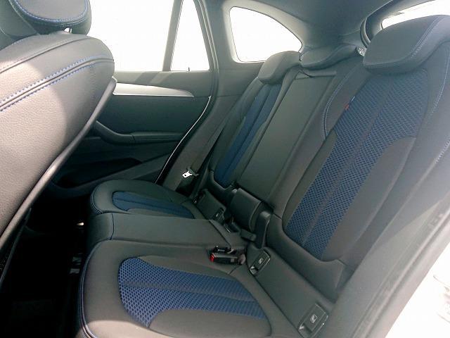 xDrive 18d Mスポーツ LEDライト 18AW PDC オートトランク スマートキー 純正ナビ Bカメラ レーンディパーチャーウォーニング 認定中古車(13枚目)