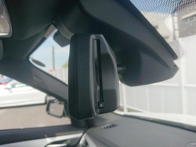 xDrive 18d Mスポーツ LEDライト 18AW PDC オートトランク スマートキー 純正ナビ Bカメラ レーンディパーチャーウォーニング 認定中古車(19枚目)