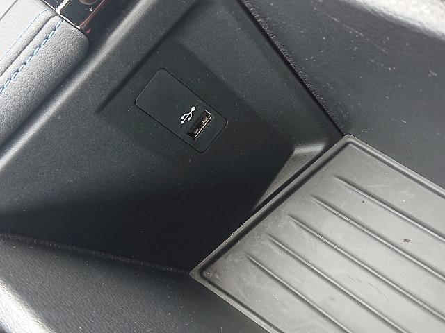 xDrive 18d Mスポーツ LEDライト 18AW PDC オートトランク スマートキー 純正ナビ Bカメラ レーンディパーチャーウォーニング 認定中古車(22枚目)