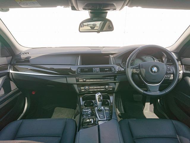 523iラグジュアリー ST Sportサス LEDライト 20AW サンルーフ 黒革 フルセグ Bカメラ アクティブクルーズコントロール ストップ&ゴー レーンチェンジウォーニング 認定中古車(3枚目)