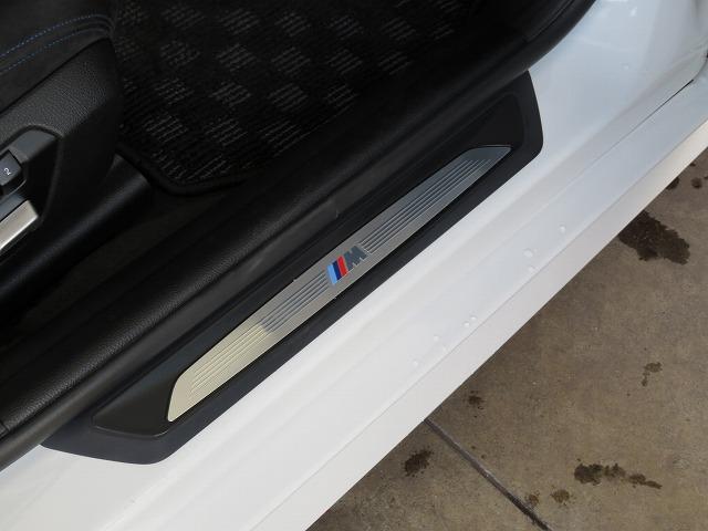 320dツーリング Mスポーツ LEDヘッドライト 18AW パーキングサポートPKG PDC オートトランク コンフォートアクセス 純正ナビ iDriveナビ トップ リアビューカメラ HUD Aクルコン 車線逸脱 認定中古車(10枚目)