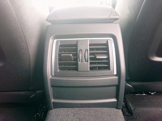 318i Mスポーツ MS LEDヘッドライト 18AW リアPDC コンフォートアクセス 純正ナビ iDriveナビ 地デジ フルセグ リアビューカメラ 純正ETC レーンチェンジ 車線逸脱 Aクルコン 認定中古車(15枚目)
