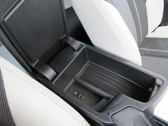 118d スタイル コンフォートPKG LEDヘッドライト 16AW パーキングサポートPKG リアPDC コンフォートアクセス 純正ナビ iDriveナビ リアビューカメラ アクティブクルーズ コントロール 認定中古車(15枚目)