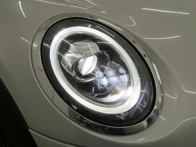 クーパーSD LEDヘッドライト 17AW ブラックルーフ コンフォートアクセス マルチファンクション 純正ナビ iDriveナビ リアビューカメラ HUD 純正ETC アクティブクルーズ コントロール 認定中古車(21枚目)