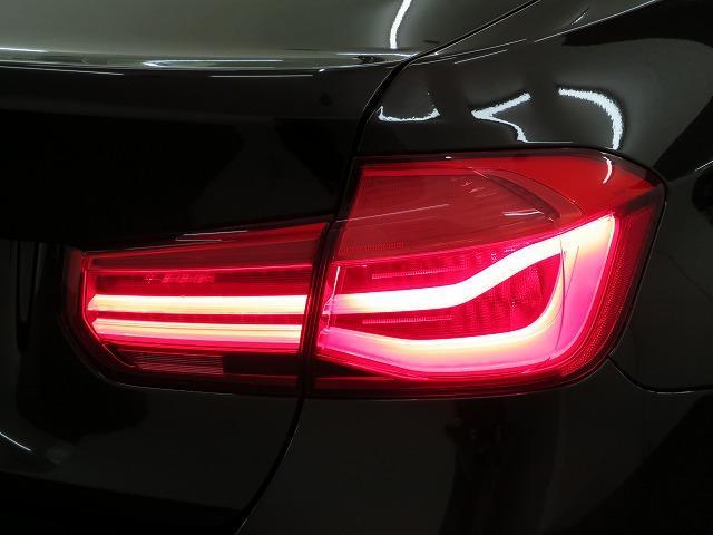 318i ラグジュアリー LEDライト 17AW リアPDC コンフォートアクセス レザーシート iDriveナビ リアビューカメラ 純正ETC レーンチェンジ&ディパーチャーウォーニング クルーズコントロール 認定中古車(31枚目)
