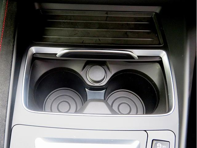 M2 Coupe CS 全国60台限定 LEDヘッドライト 19AW レザーシート 専用ブラックレザー 純正ナビ リアビューカメラ 純正ETC クルーズコントロール 認定中古車(14枚目)