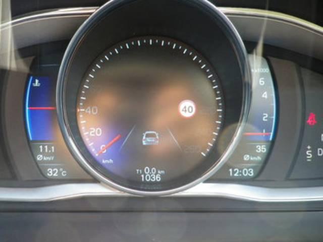 ボルボ ボルボ S60 T5 Rデザイン