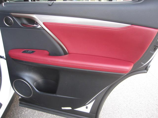 RX200t Fスポーツ 1オーナー 禁煙車 屋内保管 赤革(18枚目)