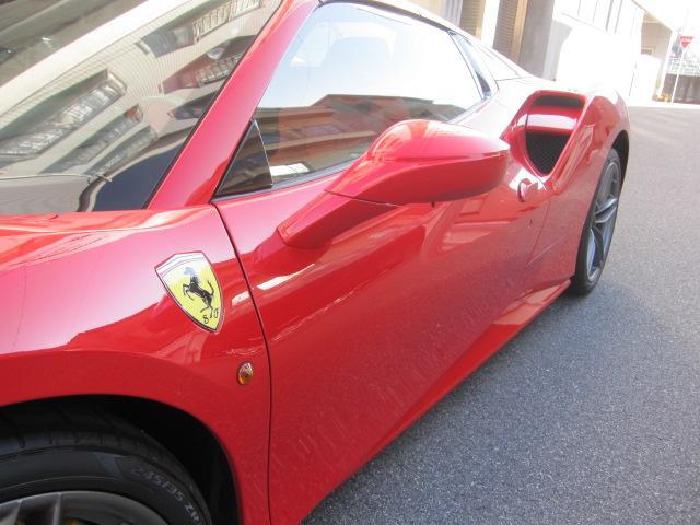 「フェラーリ」「フェラーリ 488スパイダー」「オープンカー」「広島県」の中古車7