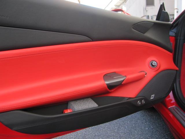 「フェラーリ」「フェラーリ 488スパイダー」「オープンカー」「広島県」の中古車18