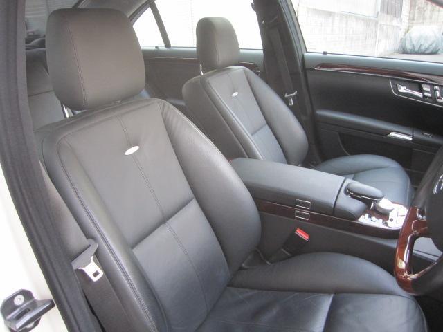 運転席、助手席メモリーパワーシート シートヒーター