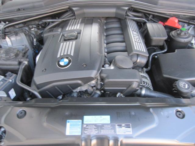 BMWのストレート6の吹け上がりは快感です