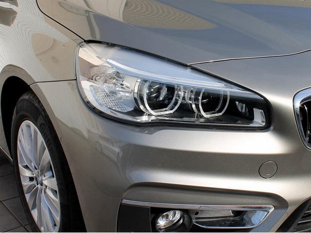 218d xDriveアクティブツアラーラグジュアリ 本革(9枚目)