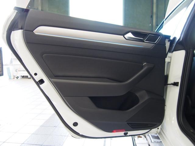 「フォルクスワーゲン」「VW アルテオン」「セダン」「広島県」の中古車54