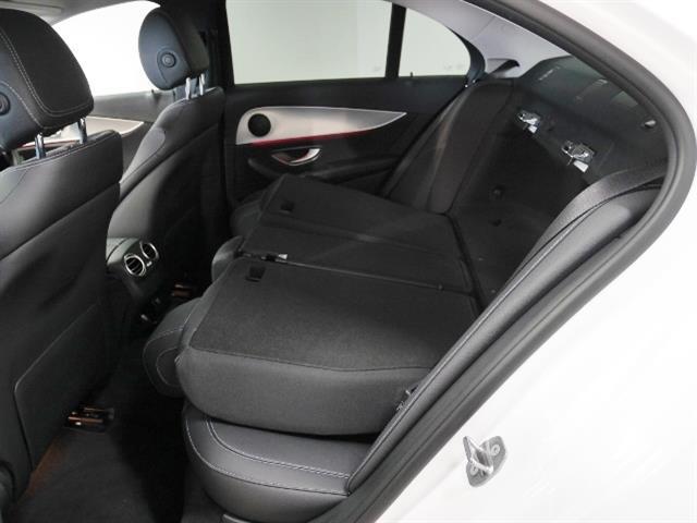 メルセデス・ベンツ M・ベンツ E200 4マチック アバンギャルド 新車保証