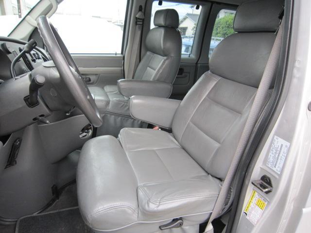 「フォード」「フォード E-150」「ミニバン・ワンボックス」「岡山県」の中古車13