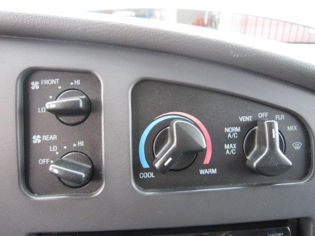 「フォード」「フォード E-150」「ミニバン・ワンボックス」「岡山県」の中古車24