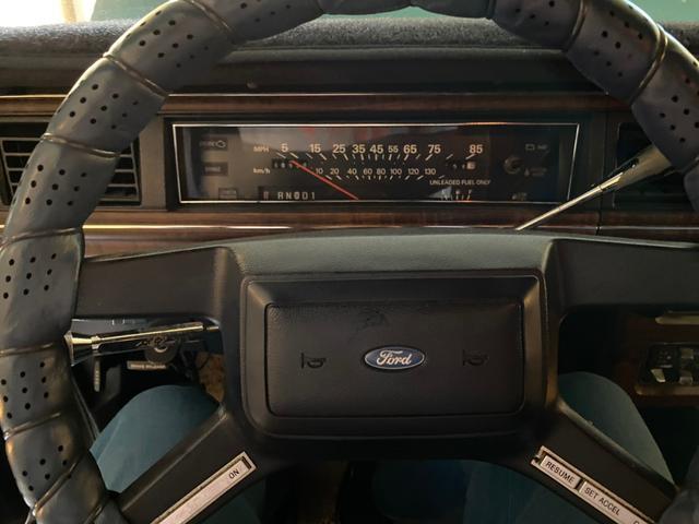 「フォード」「フォード クラウンヴィクトリア」「セダン」「岡山県」の中古車8
