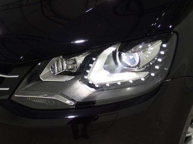 フォルクスワーゲン VW シャラン ハイライン  地デジ対応ナビ リヤモニター リヤカメラ