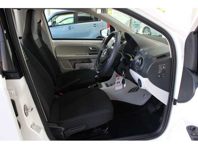 ロングドライブでも疲れにくく快適にお過ごしいただけるシートです。