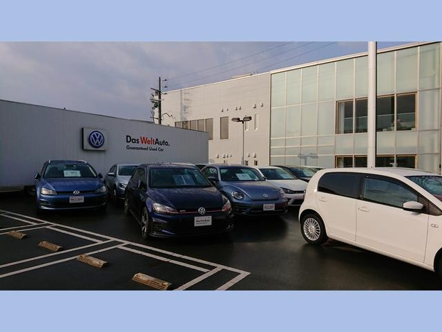 弊社敷地内に併設された展示場には選りすぐりの車両を展示しております。ご希望のお車をお探しすることも可能です。お気軽にご相談下さい。