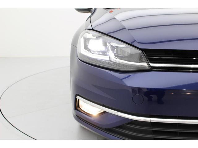 LEDヘッドライトは雨天時や夜間も明るく遠くまで照らしてくれます。