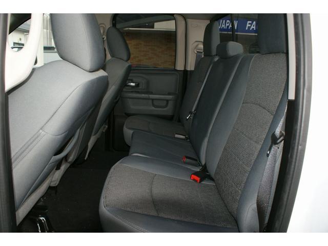 クワッドキャブ5.7Lベンチシート4WD CARFAX有り(14枚目)