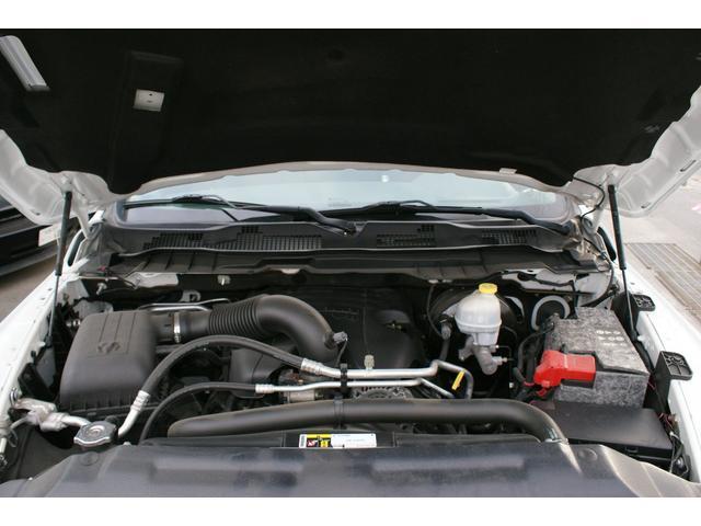 クワッドキャブ5.7Lベンチシート4WD CARFAX有り(17枚目)