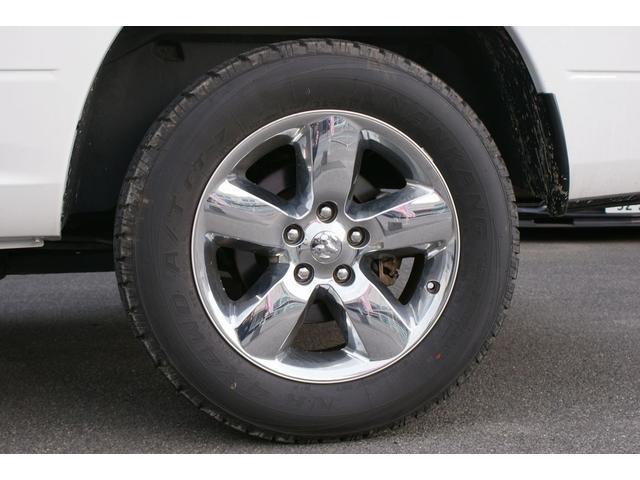 クワッドキャブ5.7Lベンチシート4WD CARFAX有り(20枚目)