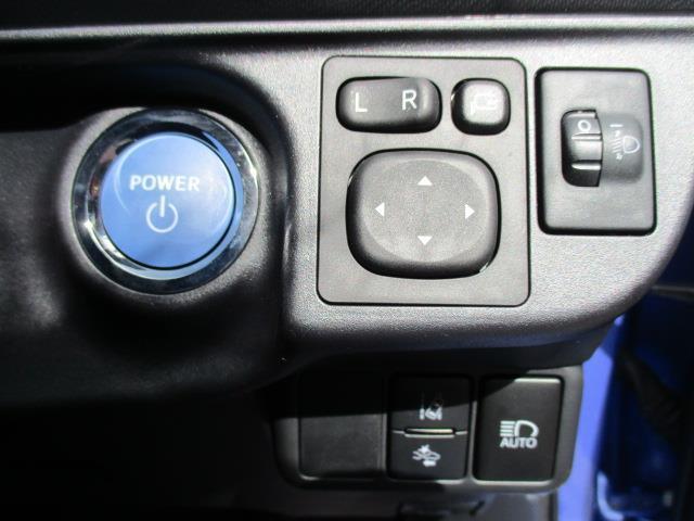 トヨタ アクア Gブラックソフトレザーセレクション 1年間走行無制限保証