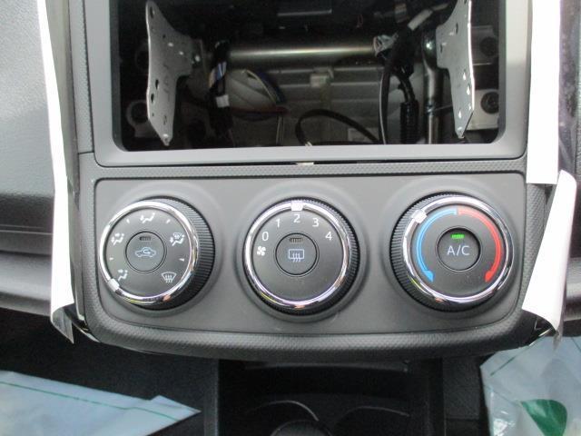 X 4WD セーフティセンス 試乗車 寒冷地仕様 ICS付(11枚目)