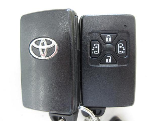 2.4Z 4WD HDDナビフルセグ 両側電動 7人乗り(14枚目)