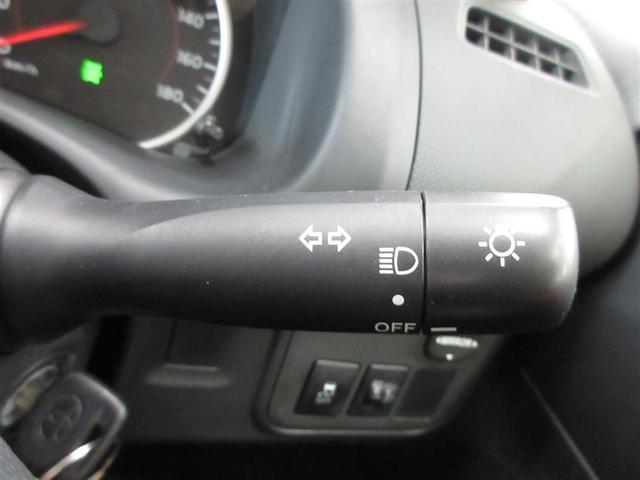 1.8X 4WD SDナビフルセグ 7人乗り 純正ETC(11枚目)