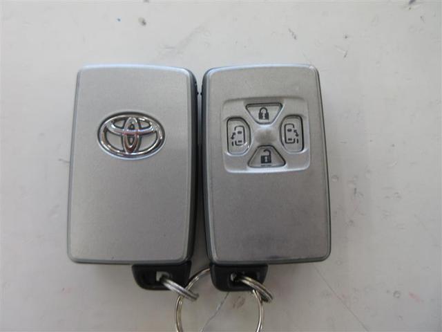 プラタナリミテッド 4WD 両側電動スライド HIDヘッドライト ウオークスルー 乗車定員7人 3列シート ワンオーナー 記録簿(13枚目)