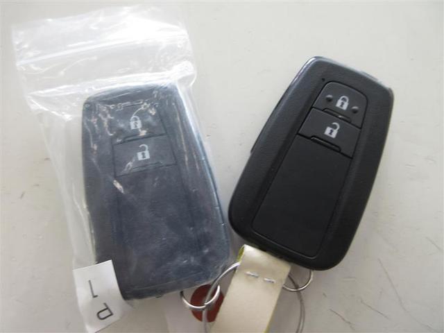 G-T 4WD ミュージックプレイヤー接続可 バックカメラ 衝突被害軽減システム LEDヘッドランプ 3列シート(17枚目)