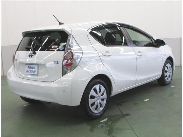 ナンバープレート位置に書かれたのTバリューの文字はトヨタが認定する高品質ユーカーです。安心してお選びください。