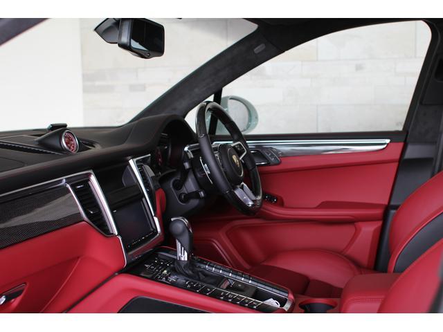 マカン ターボ 4WD ディーラー車 レザーインテリア(8枚目)