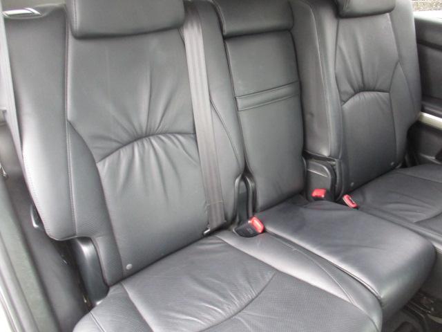 プレミアムSパッケージ 4WD 18インチアルミ ナビ(10枚目)