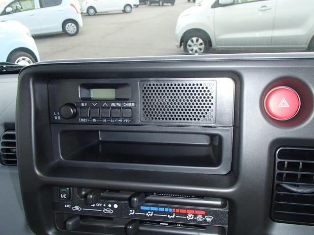 スペシャル 4WD 4AT エアコン パワステ ラジオ(3枚目)