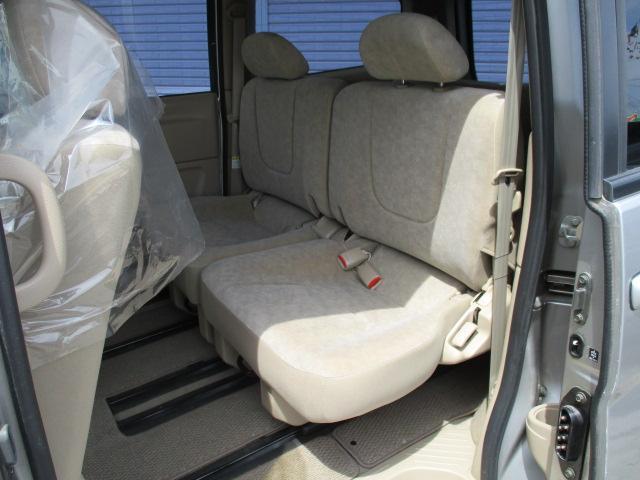 日産 セレナ V-Gナビパッケージ 4WD オートスライドドア Bモニター