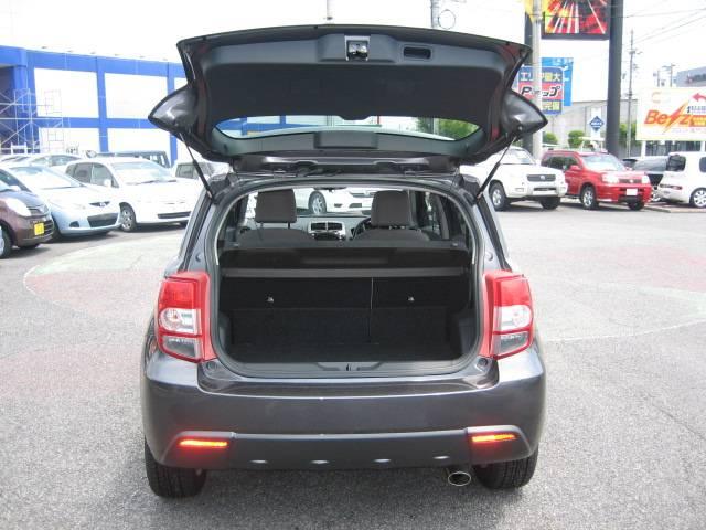 150G 4WD キーレス CD 新品タイヤ(8枚目)