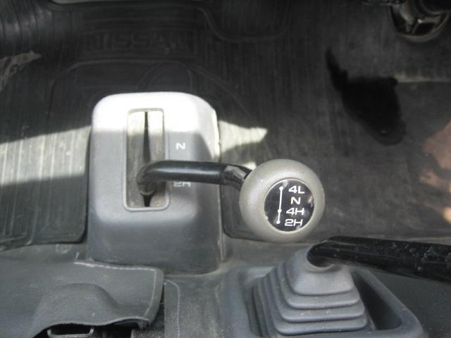 4WD 0.85t 5速マニュアル パワステ(18枚目)