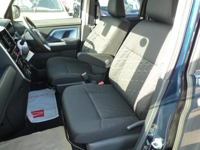 ダイハツ トール カスタムG SAII 4WD パノラマモニター 試乗車