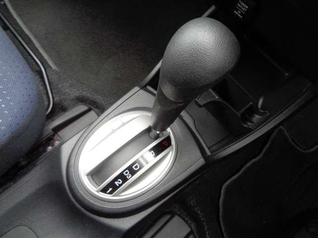 G HDDナビ フルセグTV バックカメラ キーレス HIDヘッドライト ミラーヒーター ETC(14枚目)