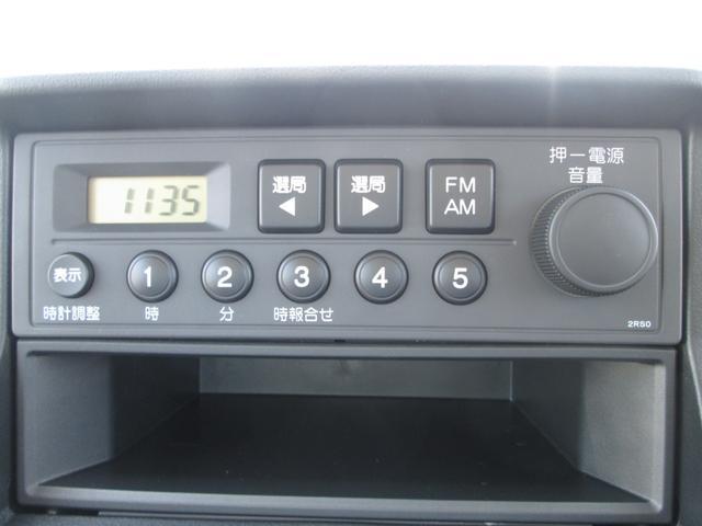 SDX 4WD 5速MT 時計付AMFM エアコン パワステ(4枚目)