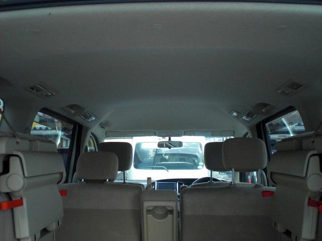 2.0G 4WD キーレス スライドドア 8人乗り(12枚目)