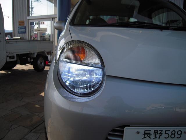 ガソリンA 5MT 14インチアルミ HID(8枚目)