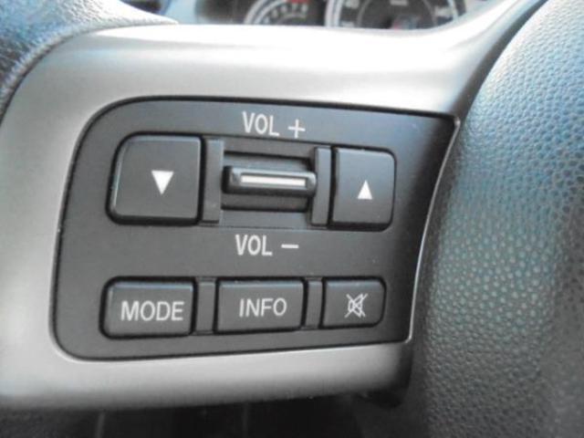 マツダ デミオ 13C e-4WD AT DE系最終モデル